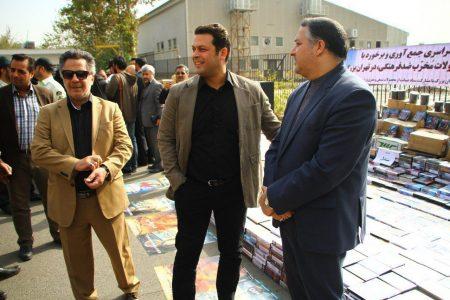 پژمان بازغی و حسین فرحبخش در کنار علیرضا تابش در مراسم امحا